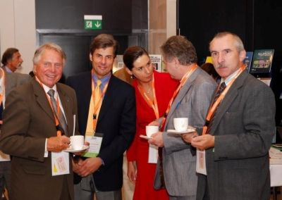 Behind-the-scenes talks at the conference, starting from the left: Professor Jerzy Woy-Wojciechowski, Dr. Jerzy Kolasiński, Dr. Anna Modelska-Ziółkiewicz, Professor Andrzej Mackiewicz, Professor Maciej Kurpisz.