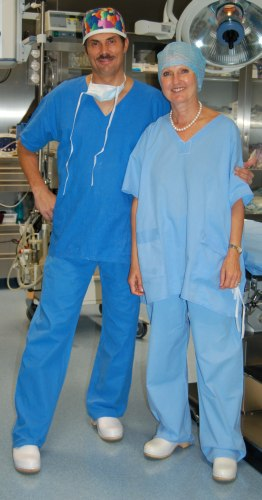 Professor Maria Siemionow and Jerzy Kolasiński M.D. in the operating theater in our Clinic