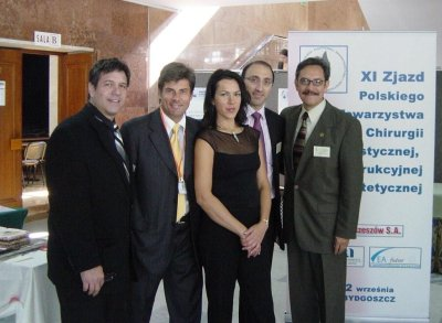 Starting from the left: Dr. Ronald Shapiro, Dr. Jerzy Kolasiński, Dr. Małgorzata Kolenda, Dr. Bessam Farjo, Dr. David Perez-Meza.