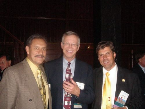 Old friends' meeting, from the left: dr David Perez Meza, dr William M. Parsley (new president of the ISHRS) and dr Jerzy Kolasiński