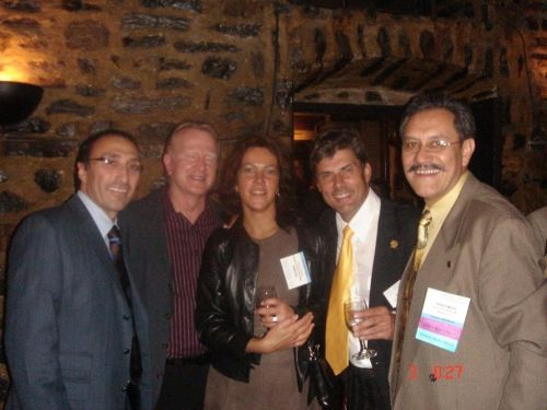 Annual meetings are an excellent occasion to socialize, from the left: dr Bessam K. Farjo (outgoing president of the ISHRS), dr Melvin L. Mayer, dr Małgorzata Kolenda, dr Jerzy Kolasiński and dr David Perez Meza