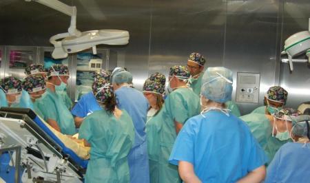 Kolasiński Clinic holds International Surgical Workshop