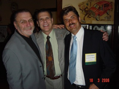 friends team: from the left: Dr Carlos J. Puig, Dr Paul Rose (ISHRS president), Dr Jerzy Kolasiński