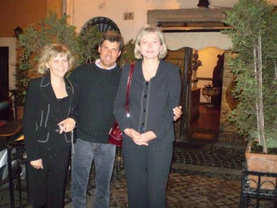 The Kolasinski Clinic Team in Rome by night. From the left side: Hanna Perz-Rodykow, dr Jerzy Kolasiński, Mariola Reszke