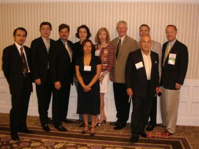 The participants of the Global Council Meeting in San Diego: third from the left dr Jerzy Kolasiński, next to him dr Małgorzata Kolenda, first from the right the President of ISHRS dr Paul C. Cotterill
