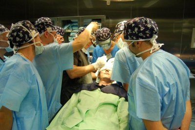 Active classes in the operating theater.